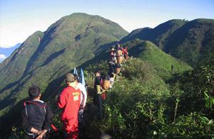 Fansipan Climbing Tours